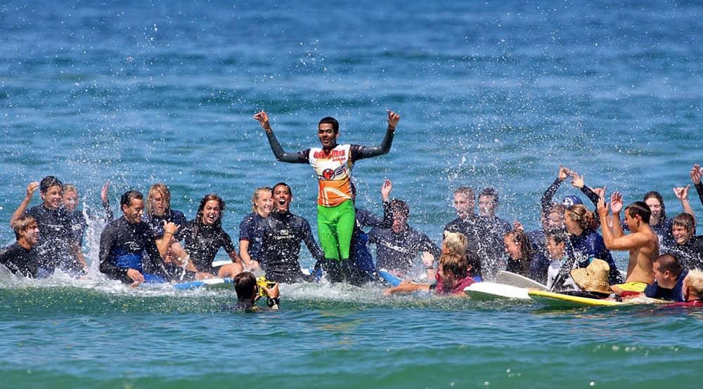 A incrível história de superação do surfista cego Derek Rabelo 4