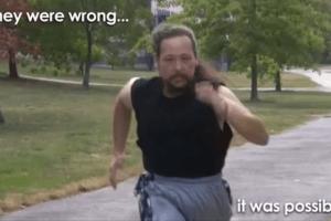 Como um homem perdeu 64 quilos em 10 meses mesmo sem conseguir andar 4