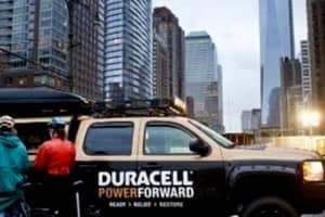 Duracell ajuda vítimas da tempestade Sandy recarregando celulares 1