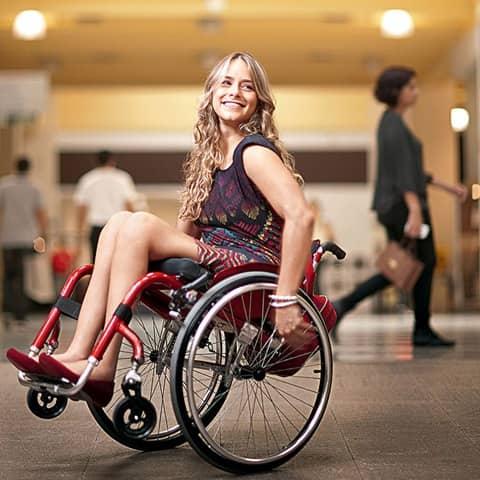 Atriz paraplégica dá lição de superação 3