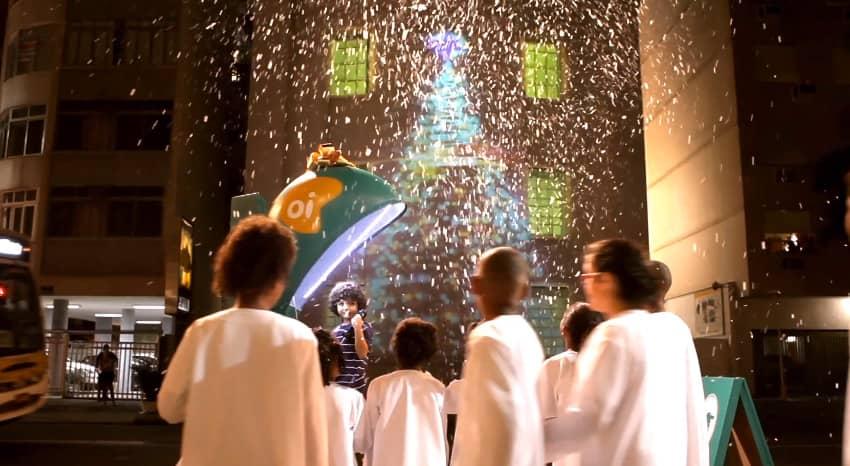 Oi surpreende crianças com linha direta com o Papai Noel 5