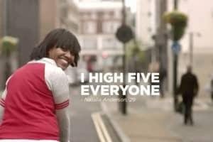 Coca-Cola convida pessoas a serem loucas fazendo o bem 5