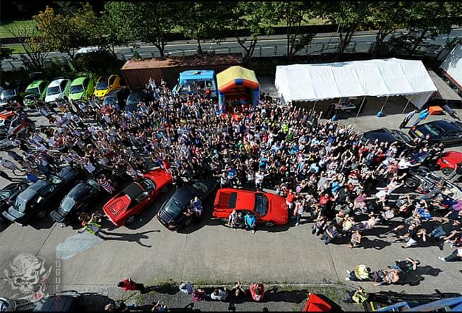 Pai realiza último desejo de filho ao reunir mais de 1.000 carros em encontro 4