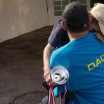 Pai realiza último desejo de filho ao reunir mais de 1.000 carros em encontro 9