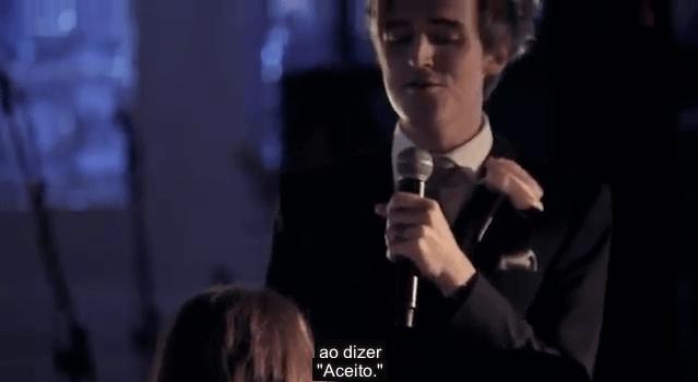 Vocalista do McFly faz discurso de casamento cantado! 8