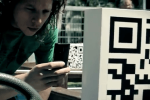 Ação realizada na Argentina ajudou a divulgar crianças desaparecidas com QR codes 2