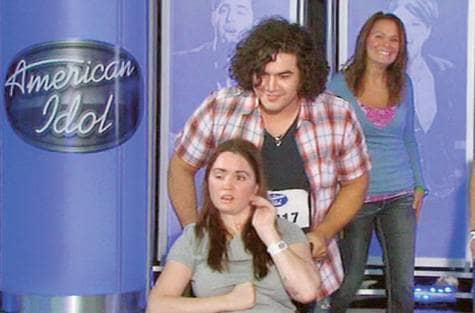 Participante do American Idol emociona a todos com seu amor incondicional pela sua mulher 4