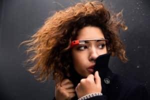 Vídeo filmado com o Google Glass mostra como funciona a interface dos óculos 1