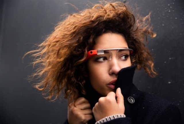 Vídeo filmado com o Google Glass mostra como funciona a interface dos óculos 14