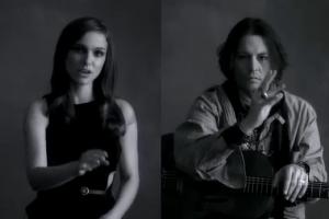Natalie Portman e Johnny Depp interpretam música de Paul McCartney usando língua de sinais 1