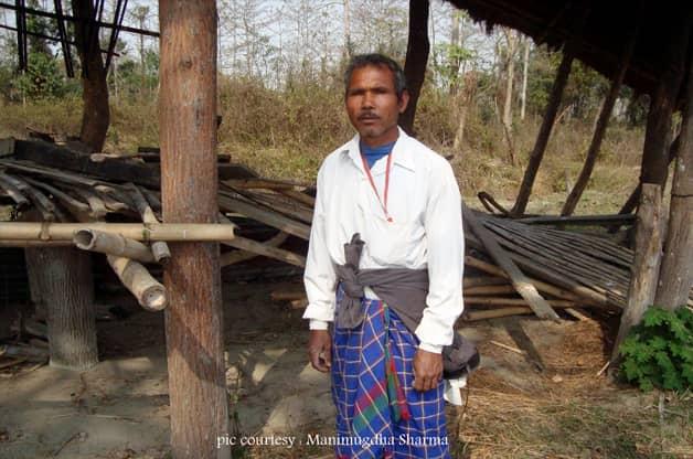 Indiano planta sozinho uma floresta equivalente a 550 campos de futebol 7