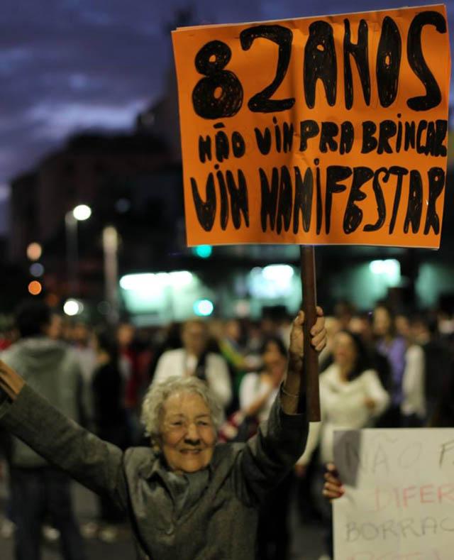 senhorinha-manifestacao-fe-no-brasileiro