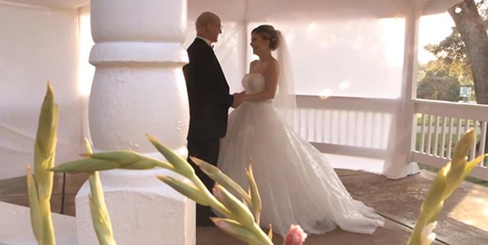 Filha realiza casamento fictício para dançar com pai com câncer terminal 2