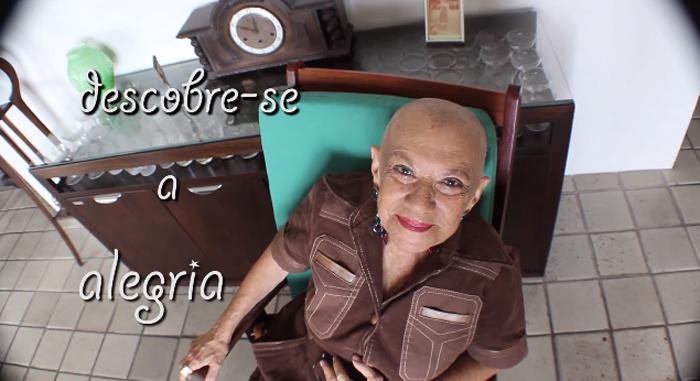 Idosa de 93 anos é poeta e dá conselhos preciosos sobre a vida 3