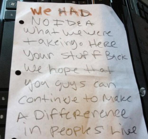 Ladrões devolvem material roubado com pedido de desculpas 2