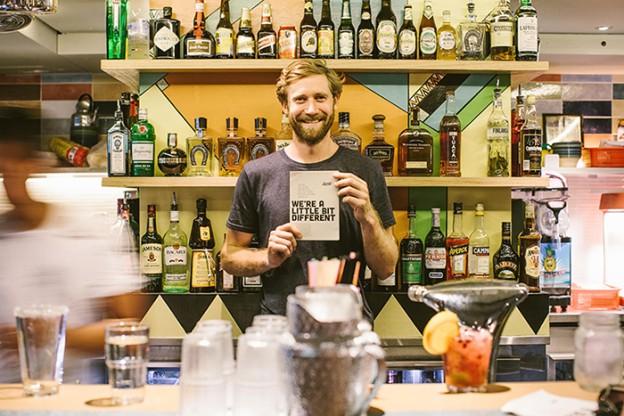 Nesse bar, quanto mais você bebe mais você ajuda entidades beneficentes 1