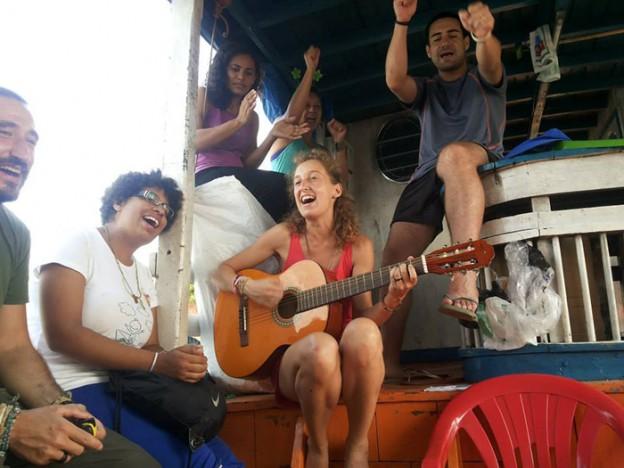 Projeto leva literatura e arte até as comunidades ribeirinhas de Manaus 1