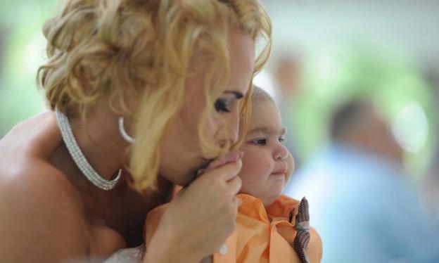 Pais antecipam casamento para filho com leucemia poder participar 5