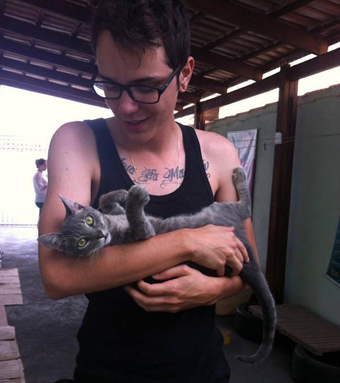 Ajude a manter uma casa que cuida de gatos em Goiânia 2
