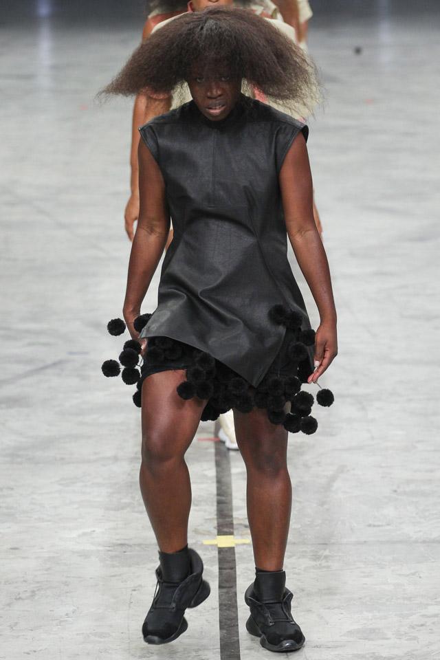 rick-owens-spring-2014-paris-fashion-week-12