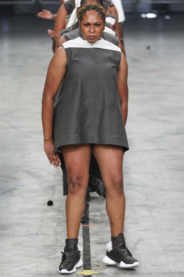 rick-owens-spring-2014-paris-fashion-week-23