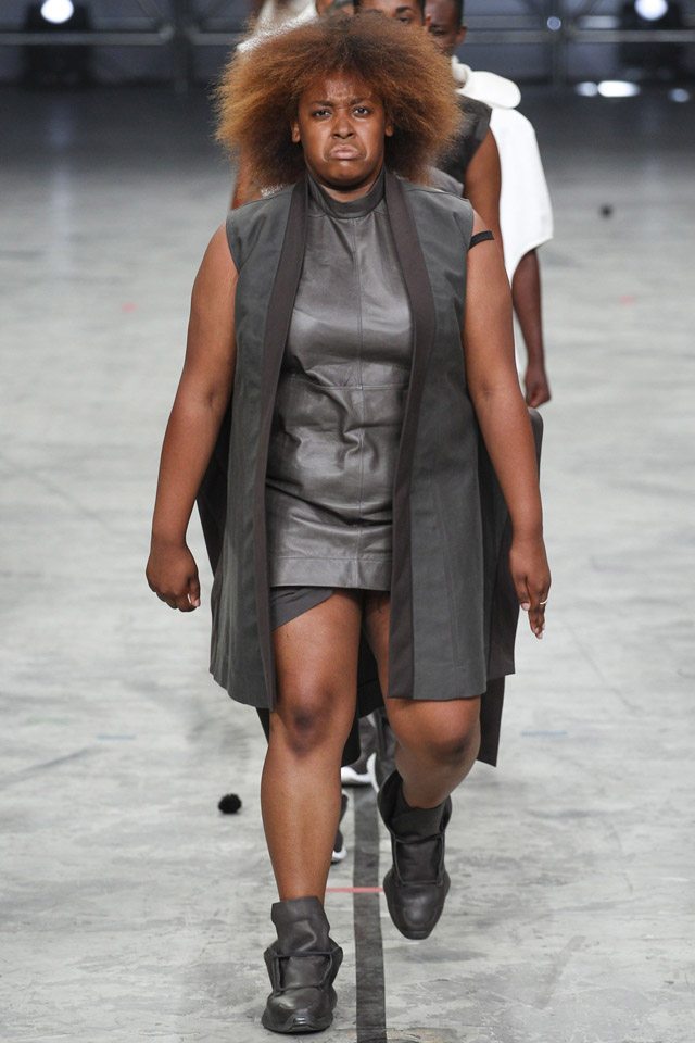 rick-owens-spring-2014-paris-fashion-week-29