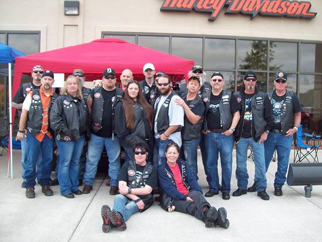 motociclistas ajudam crianças que sofreram abuso 2