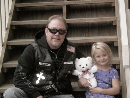 motociclistas ajudam crianças que sofreram abuso 9