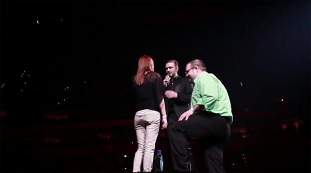 Justin Timberlake interrompe show para fã fazer pedido de casamento 1