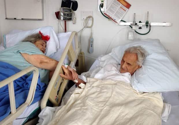 Casal morre de mãos dadas com horas de diferença, após 60 anos juntos 2