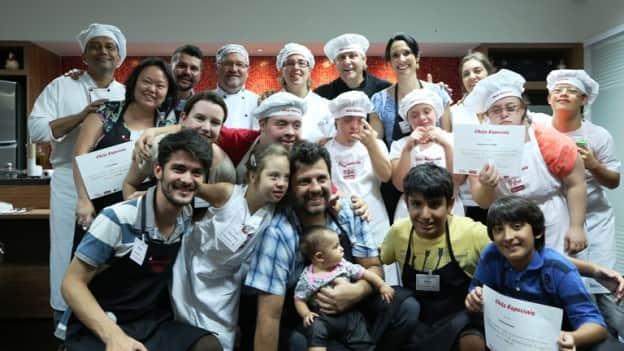 A Equipe do RPA esteve com os 'Chefs Especiais', um projeto que utiliza a gastronomia para promover a inclusão social 2