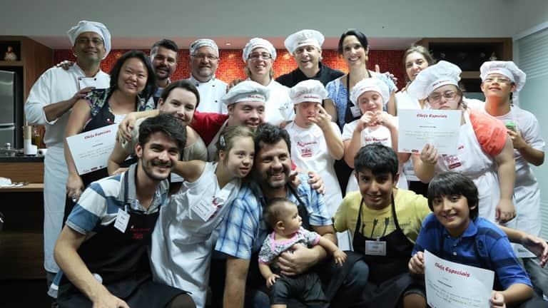 A Equipe do RPA esteve com os 'Chefs Especiais', um projeto que utiliza a gastronomia para promover a inclusão social 1