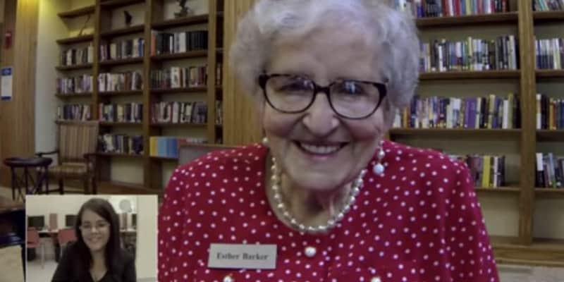 Escola de idiomas faz alunos aprenderem inglês com idosos de asilo nos EUA 1
