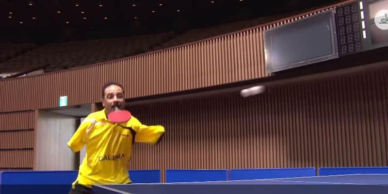 Um egípcio sem braços joga tênis de mesa e prova que nada é impossível 3