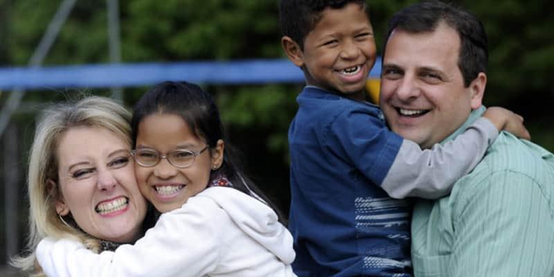 Porque no Brasil as crianças maiores de 2 anos dificilmente são adotadas dos abrigos? 1