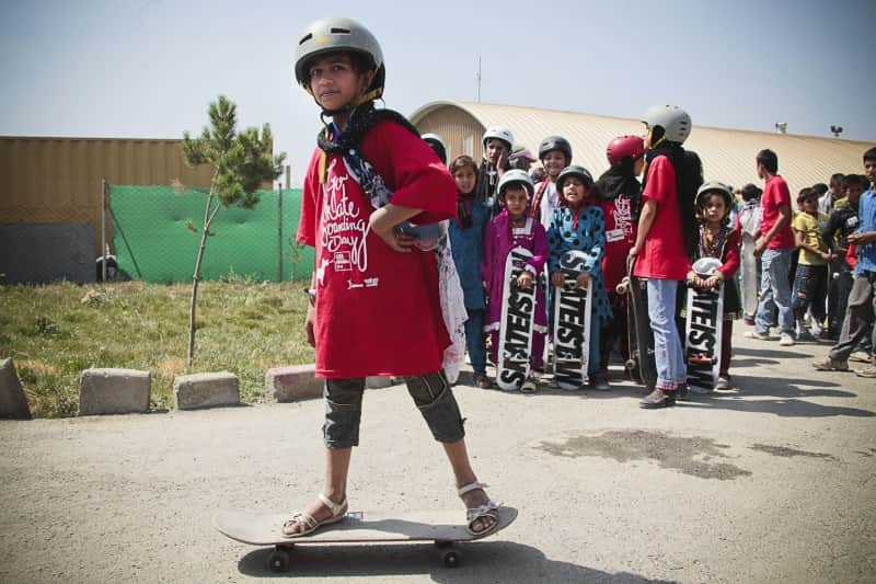 ONG no Afeganistão melhora a vida de milhares de crianças através do skate 1