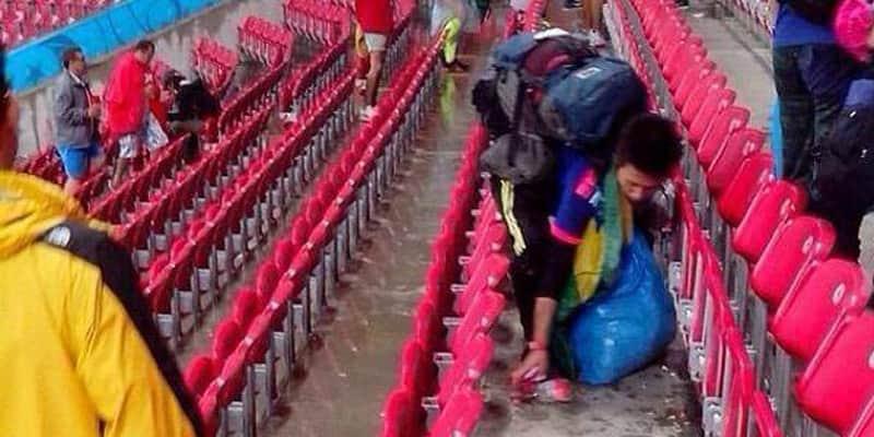 Japoneses recolheram todo o lixo produzido por eles na Arena Pernambuco 2