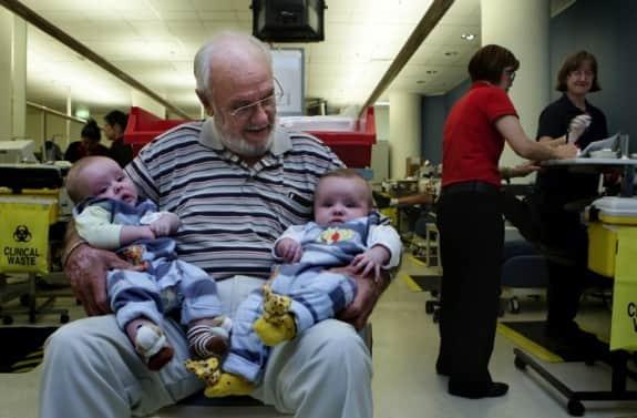 super-blood-donator-James-Harrison-575x377