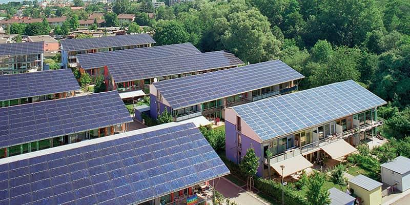 Com tetos solares, bairro alemão já produz quatro vezes mais energia do que consome 3