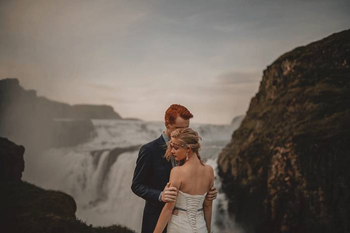 Fotógrafo retrata casamento estonteante na Islândia 1