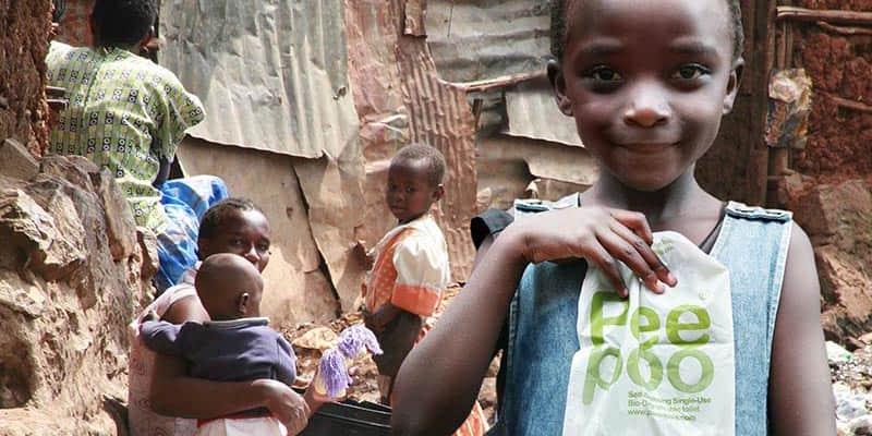 Sacola biodegradável ajuda no saneamento básico de regiões não desenvolvidas 2