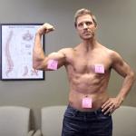 Campanha divertida mostra homens sensuais lembrando as mulheres sobre o auto-exame nas mamas 6