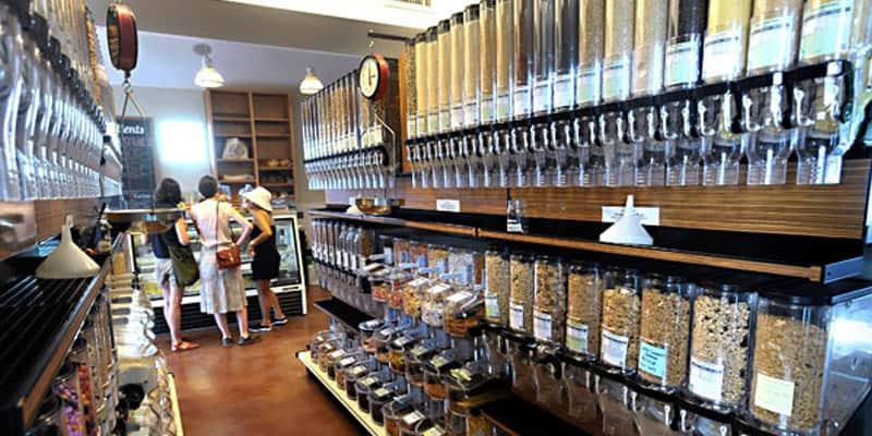 Mercearia inova ao vender produto naturais e orgânicos sem embalagens 1