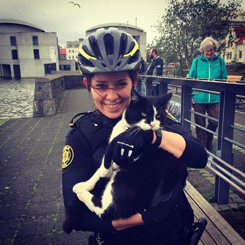 policia-islandia-24
