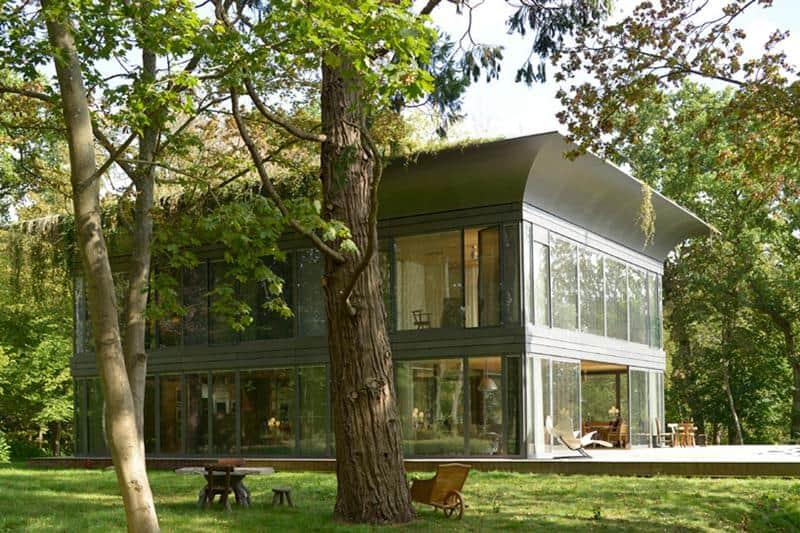 Designer projeta modelo de casa barata e autossustentável que produz 50% mais energia que consome 1