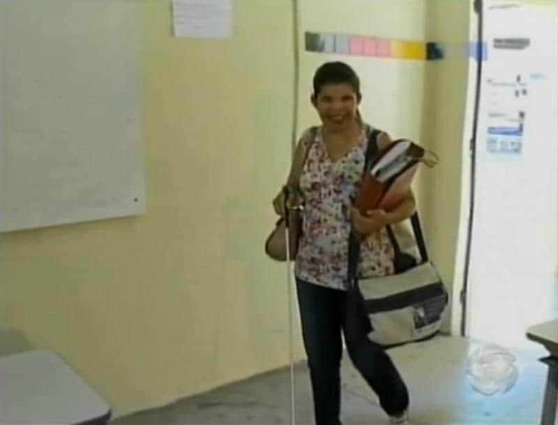 Pedagoga cega supera limites e consegue exercer profissão de professora no sertão de Pernambuco 1