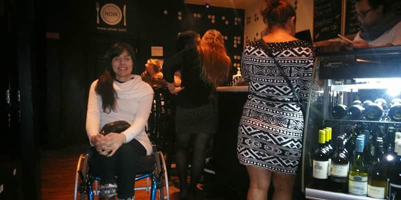 """Mistura de sensações: confira o relato da cadeirante que visitou um restaurante que te deixa """"cego"""" 5"""
