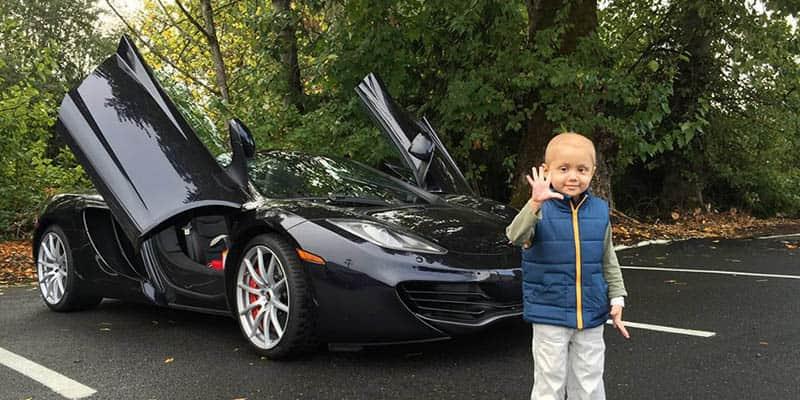 Empresário usa seus super carros para proporcionar experiências inesquecíveis à crianças doentes 1