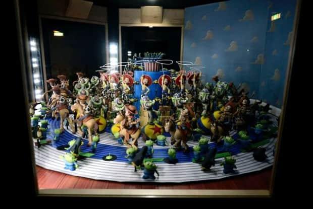 Pixar-25-Years-of-Animation-exhibit-post-4-620x415