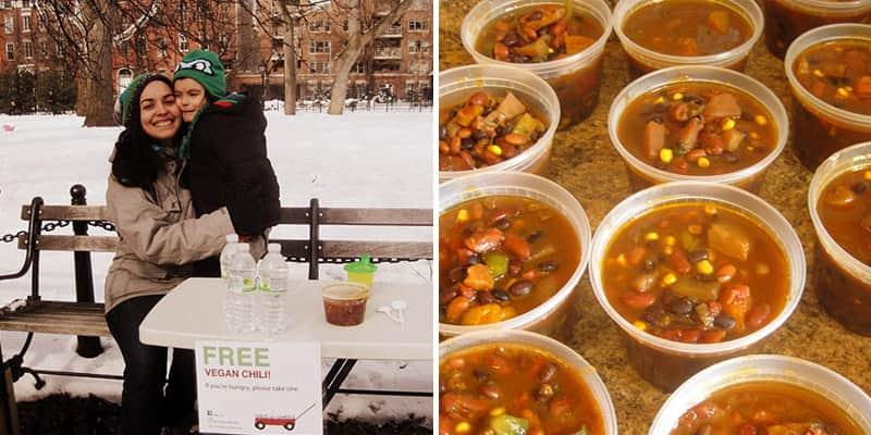 Mãe e filho de 4 anos distribuem refeições veganas para moradores de rua de NY 1
